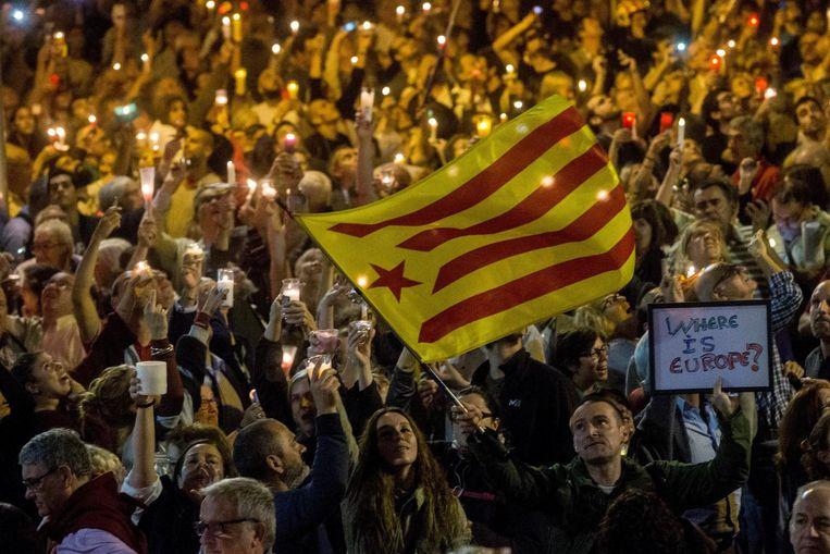 Demonstratie tegen gevangenschap van de twee Jordi's. Beeld epa