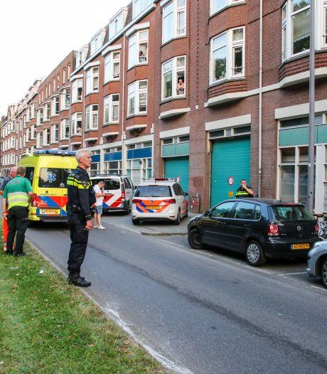 Tiener (15) dood na steekpartij in Rotterdamse woning: 16-jarig meisje aangehouden