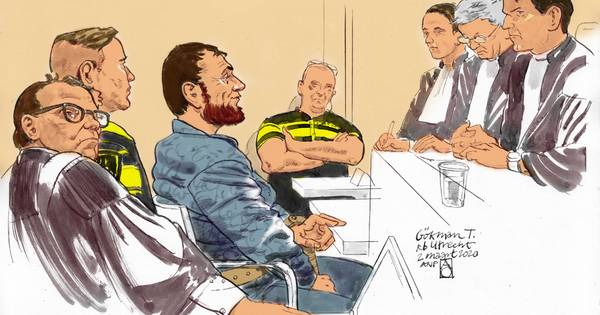 LIVE   Rechtbank overlegt over vervanging rechters, tramschutter Tanis zit intussen te knikkebollen
