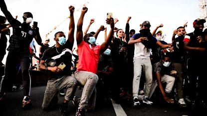 Duizenden mensen demonstreren in Parijs, rellen uitgebroken