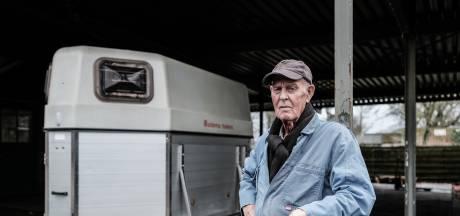 Zwaantinus Zuidema (81) heeft zijn laatste paardentrailer verkocht