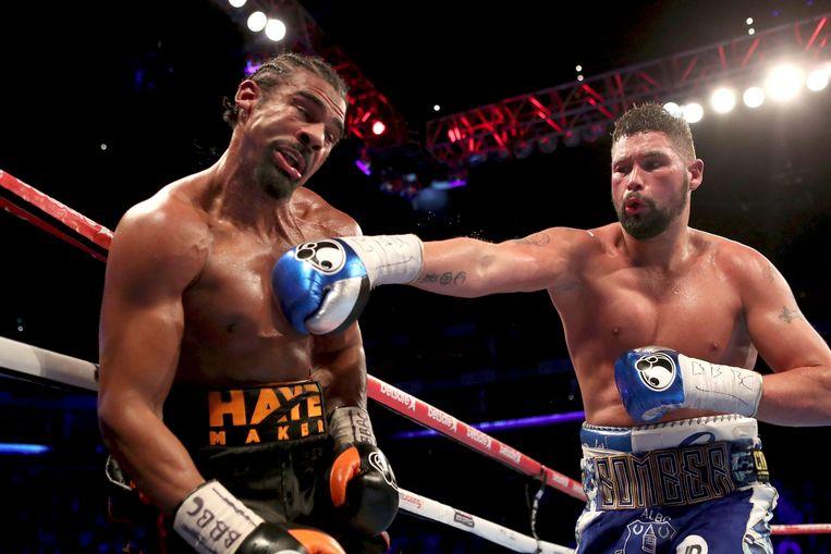 Bellew met een stevige rechter in het gezicht van David Haye in de Londense O2 Arena. In december zien de twee elkaar opnieuw in de ogen.