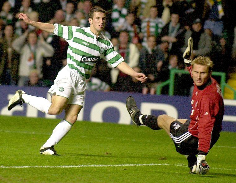 Liam Miller (links) toen hij voor het Schotse Celtic speelde.