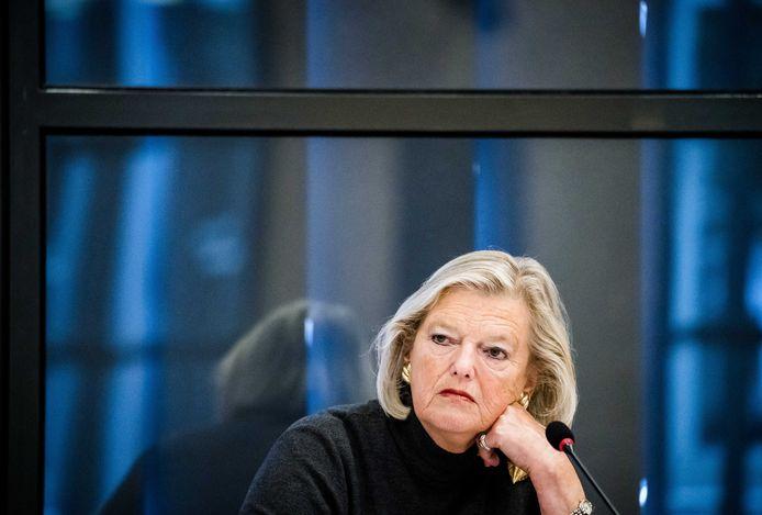 Staatssecretaris Ankie Broekers-Knol (Justitie en Veiligheid) tijdens een overleg in de Tweede Kamer over het vreemdelingen- en asielbeleid.