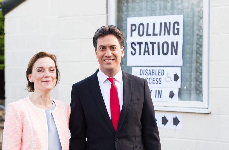 Ed Miliband met zijn vrouw. Beeld EPA