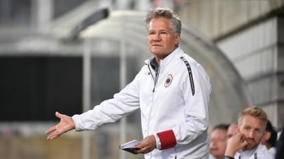 """Bölöni blikt vooruit naar de tweede Antwerpse derby: """"Er zijn veel belangrijke dingen in het leven"""""""