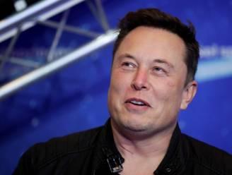 """Musk: """"Ik nam contact op met Tim Cook voor overname van Tesla door Apple"""""""