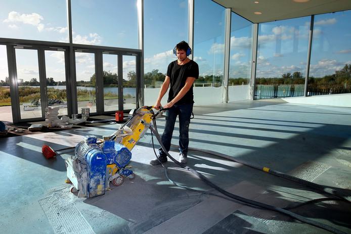 Noodzakelijke werkzaamheden aan de vloer nopen het Biesbosch MuseumEiland tot tijdelijke sluiting.