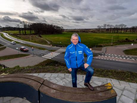 Geen stampvolle wei maar stilte, GP Adrie van der Poel wordt gemist: 'Dit doet heel erg zeer'