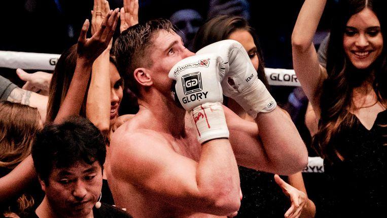 Rico Verhoeven won in de tweede ronde doorda Badr Hari zijn arm blesseerde. Beeld anp