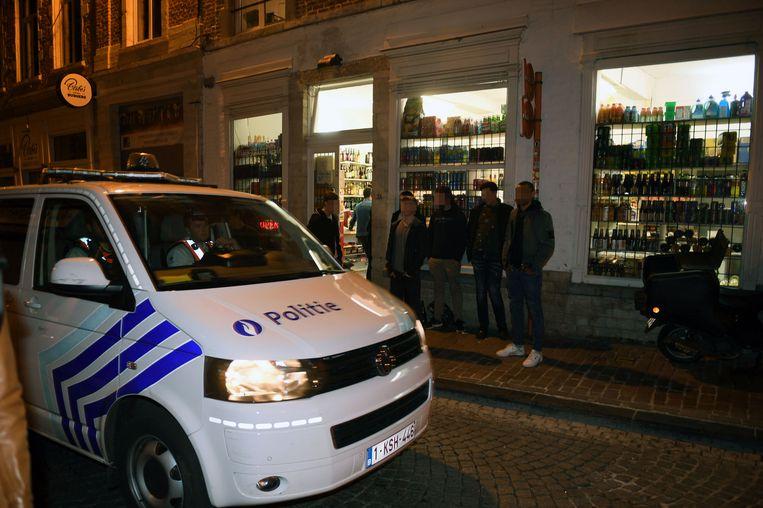 Illustratie: politie aan de Naamsestraat in Leuven.