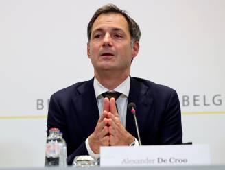 """Premier De Croo wil dat vaccincampagne volgende week op volle toeren komt: """"Vaccin in de frigo doet niet wat het moet doen, het moet toegediend worden"""""""