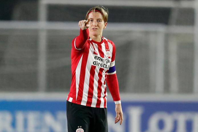 Aline Zeler stopt als voetbalster en wordt coach van Jong PSV.