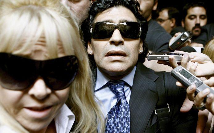 Claudia Villafañe en Diego Maradona op archiefbeeld.
