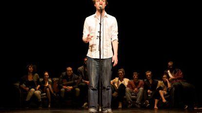 Max Greyson schrijft jaar lang gedichten voor CC De Kern