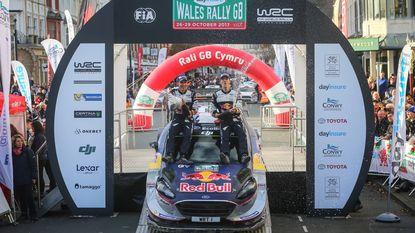 Ogier pakt in Rally van Groot-Brittannië vijfde wereldtitel op rij