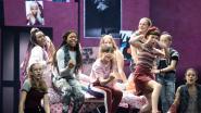 IN BEELD. Niet betogen, maar zingen en dansen voor het klimaat op première Ketnet Musical 'Troep'