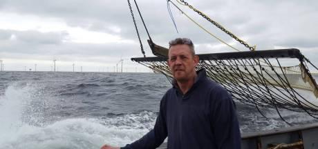 Urker vissers vrezen voor gevolgen windparken op Noordzee: 'De zee wordt hierdoor verkracht'