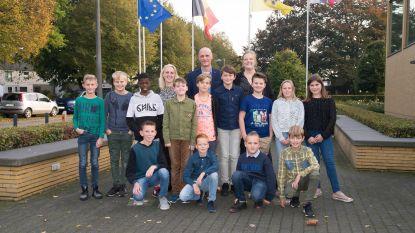 Nieuwe kindergemeenteraad in Baarle legt de eed af