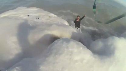 VIDEO. Man net op tijd uit bevroren meer gered, dankzij halsband van zijn hond