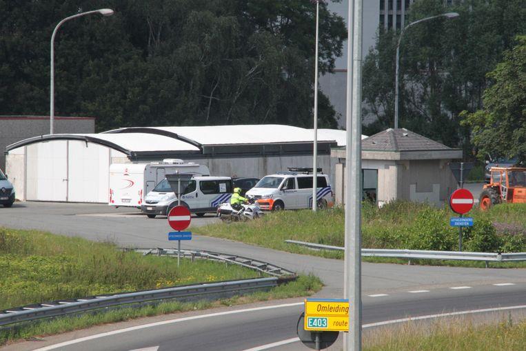Aan de weegbrug aan de op- en afrit van de E403 in Izegem vonden de controles plaats.