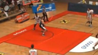 Basketclub zet speler meteen op vliegtuig naar huis na verfoeilijke actie
