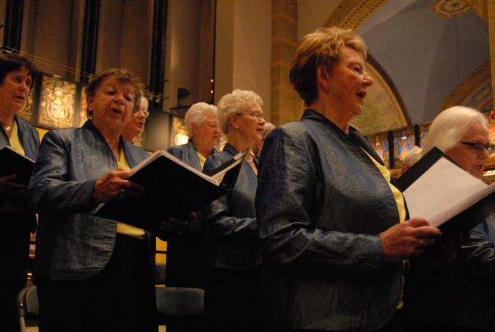 De vrouwen vormen bij het Gemengd Koor 's-Hertogenbosch duidelijk de meerderheid