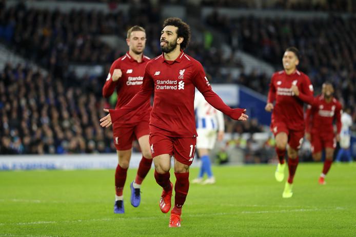 Mohamed Salah viert de 0-1 voor  Liverpool.