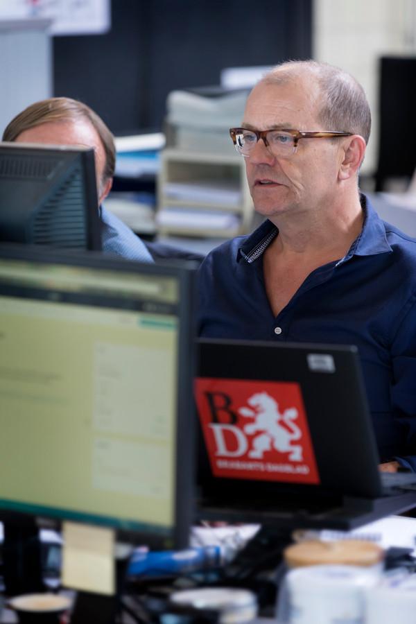 Nederland,  Den Bosch, journalist van het Brabantsdagblad .