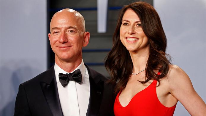 Jeff Bezos et son ex-épouse Mackenzie