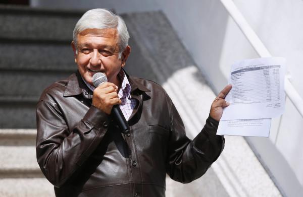 **Nieuwe linkse president Mexico schrapt ruim de helft van zijn salaris**
