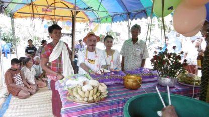 Lou Deprijck (72) trouwt met 40 jaar jongere Thaise verpleegster