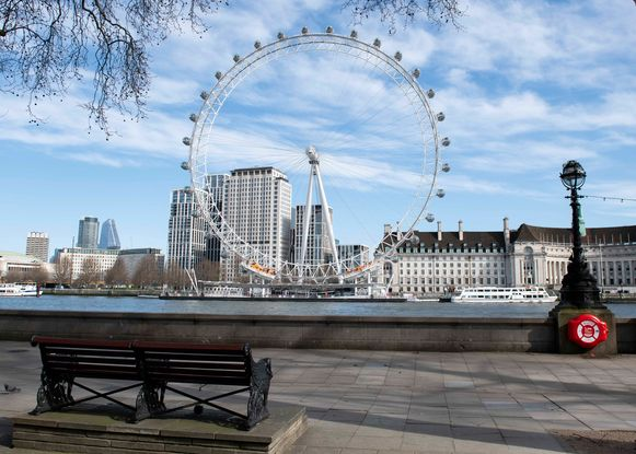 Ook Londen is een lege stad geworden door de maatregelen tegen het coronavirus.