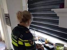 Politieagentes zijn na ongeval even de oppas van Lisa en Thijs: 'Ook dit horen we te doen'