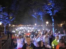 Marathon in het donker door Den Haag voor het goede doel