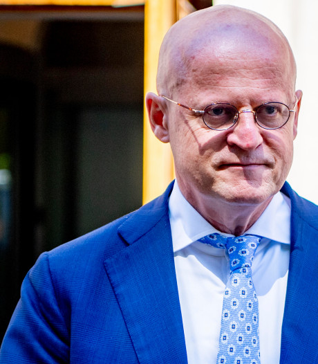 Minister wil geen verbod op anonieme prepaid simkaarten in Nederland