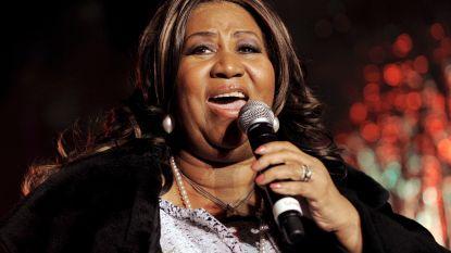 Geveilde jurken Aretha Franklin brengen duizenden euro's op
