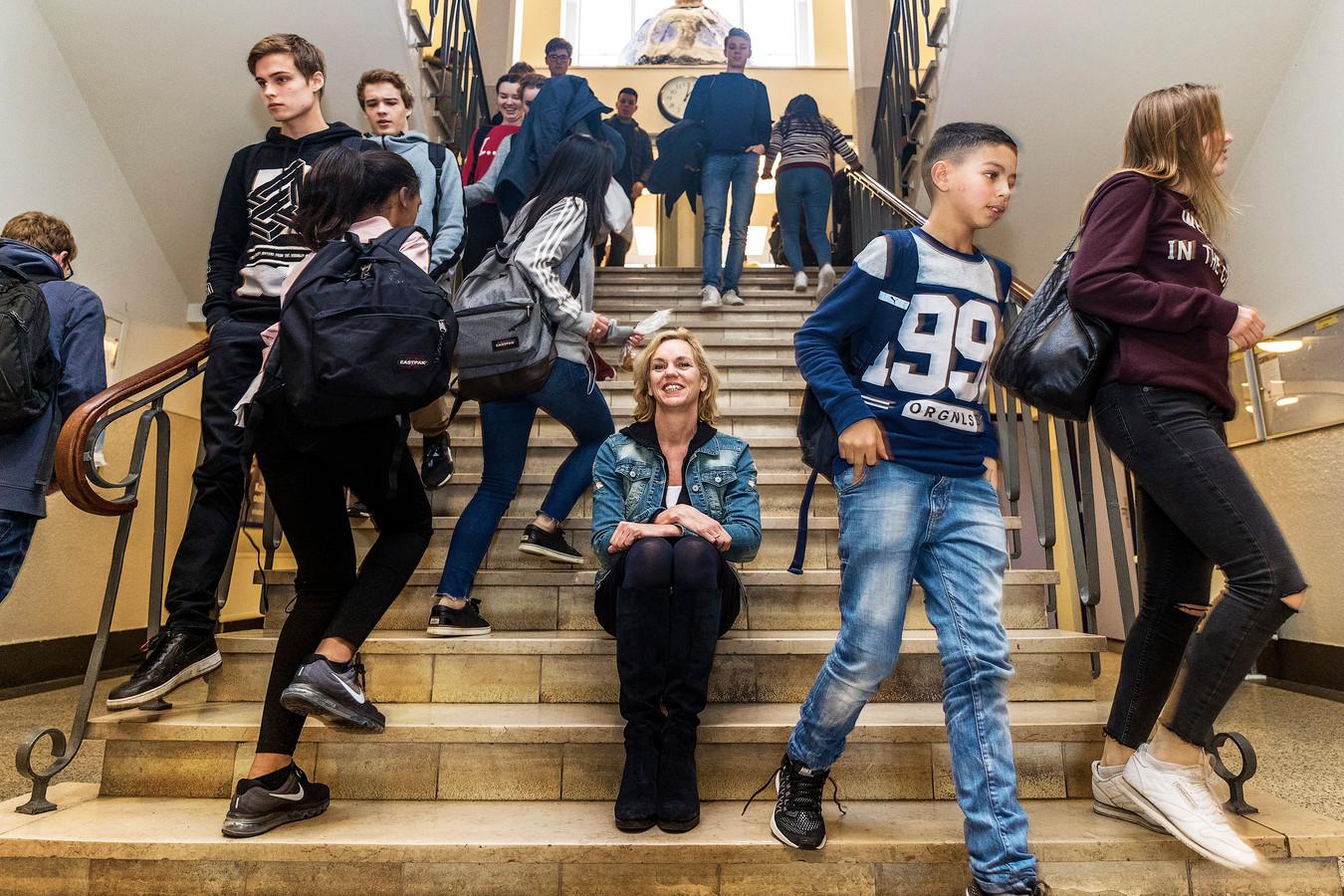 Nynke Gerritsma in de school
