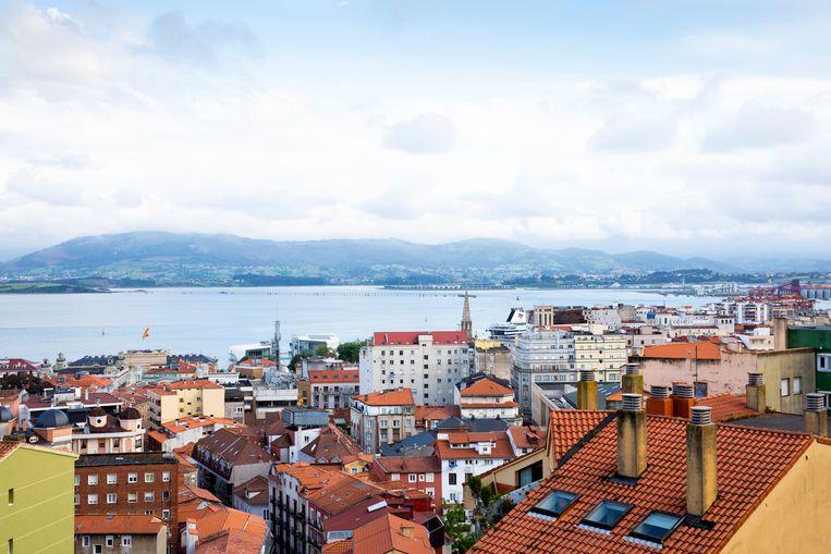 Uitzicht over Santander vanuit de cabine van de kabelspoorbaan van de Calle Rio de la Pila. Beeld null