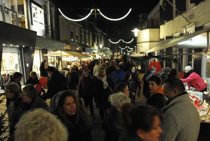 Grote drukte op de kerstmarkt in Axel, archieffoto.