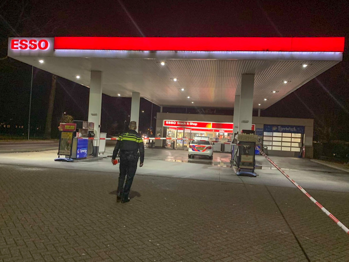 Overval op tankstation Esso in Mierlo.