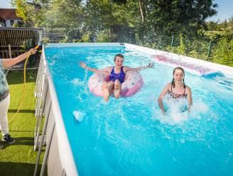 Opzetzwembaden in de tuin bijna uitverkocht, maar waterverbruik stijgt met 30 procent (en dat bij droogste begin zomer in 119 jaar)