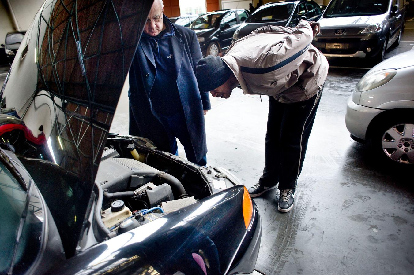 Altijd spannend: de zoektocht naar een goede, gebruikte auto.