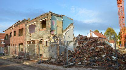 Afbraak sociale woningen in Pollarewijk volop aan de gang