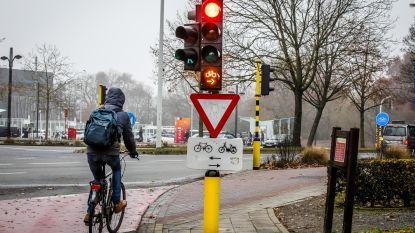 Fietsers kunnen voortaan ongestraft door rood met nieuw verkeerslicht