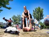 Potluckfestival: gratis eten en acroyoga in het Griftpark