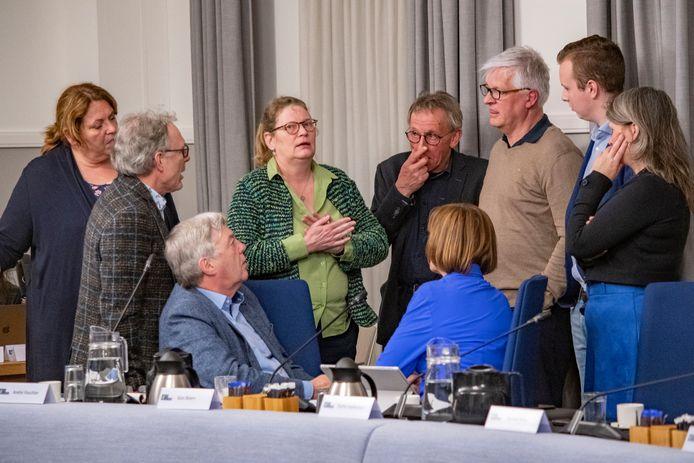 Schorsing voor politiek overleg tussen HOI Werkt en het CDA in de raadsvergadering van 5 maart.