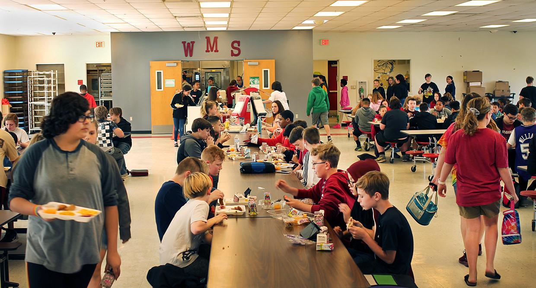 De sfeer is relaxter geworden op de Wagoner Middle School. Beeld Seije Slager