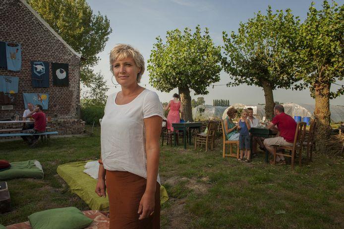 Bezielster van het pop-upcafé en Stek vzw, Katrien.