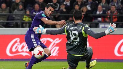 HERBELEEF hoe klassieker tussen Anderlecht en Club doelpuntenloos bleef